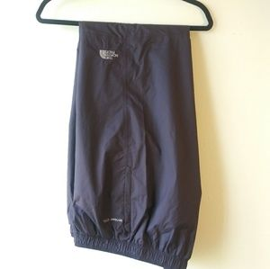 The North Face HYVENT 2.5L Waterproof Pants NWOT